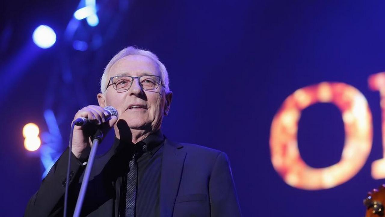 Legendarni splitski pjevač preminuo je nakon borbe s rakom. Imao je 70 godina. Iza sebe je ostavio ožalošćenu obitelj i prijatelje, ali i milijune obožavatelja...