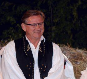 """Legendarni voditelj """"Lijepom našom"""" Branko Uvodić dobio otkaz mailom"""