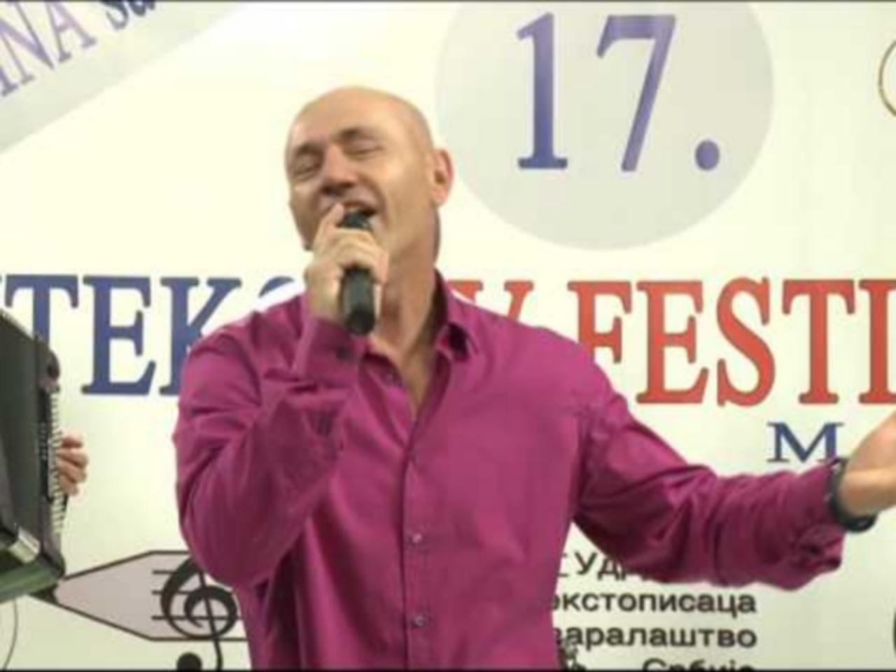 Velimir Bajagic Bajaga - Ostavi me Rada, XVII Uteks TV festival maj 2017